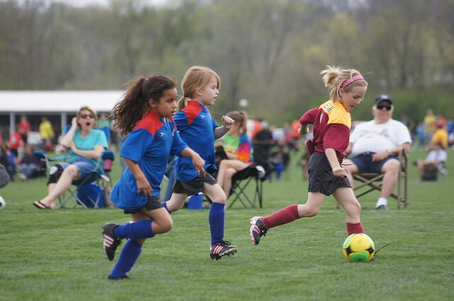 safety spring sports team soccer baseball tips ages youth famous familyeducation season basketball child safe play styles help