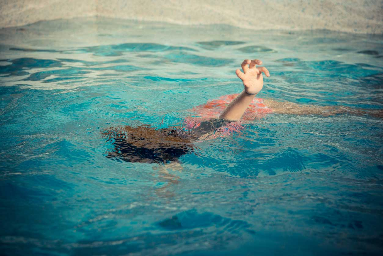 Reviving a drowning victim using first aid - FamilyEducation