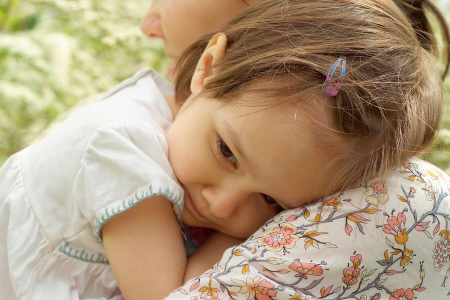 Shy Children   Helping Shy Kids Gain Confidence, Make