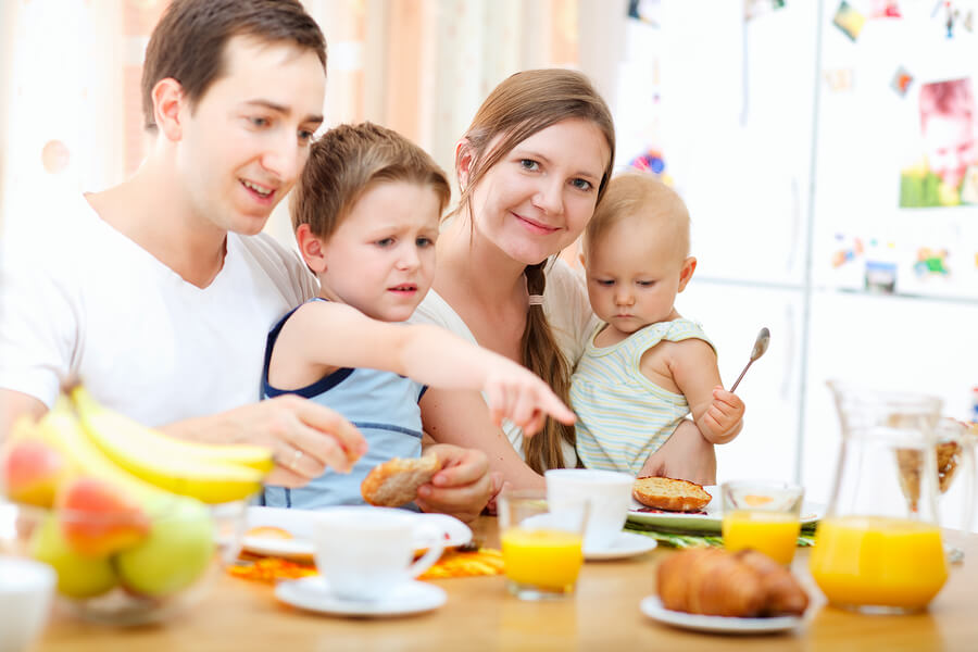 How Rude! An Age-by-Age Guide to Teaching Kids Manners - FamilyEducation