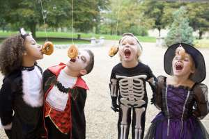 play halloween party games