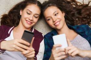 Teen Girls on Smartphones