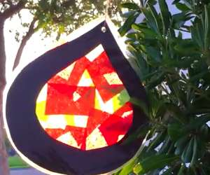 How to Make a Christmas Ornament Sun Catcher