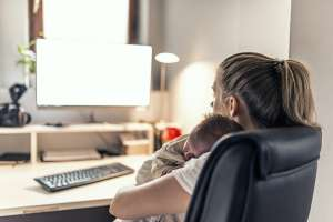 new mom problem: stay at home with the baby or go back to work?
