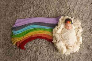 12 meaningful rainbow baby gifts
