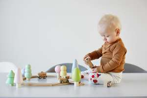 25 Best Wooden Toys_featured