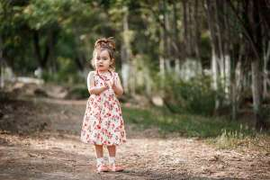 75 Old Fashioned Girl Names_featured