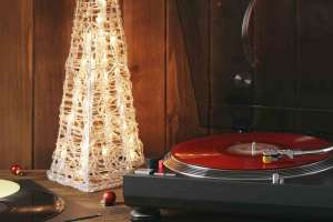 Christmas Classics_Featured
