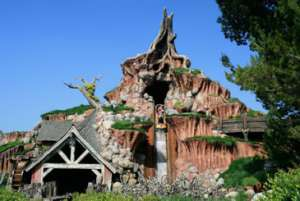 Splash Mountain Amusement Park Ride