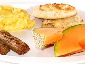 HealthyBreakfast,FruitandEggs