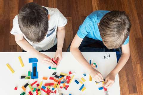 Learning Toys For Autism : Luzerne iu multi sensory approach enhances learning for