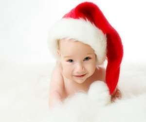 10 Holiday-Themed Baby Names That Mean Joyful and Bright
