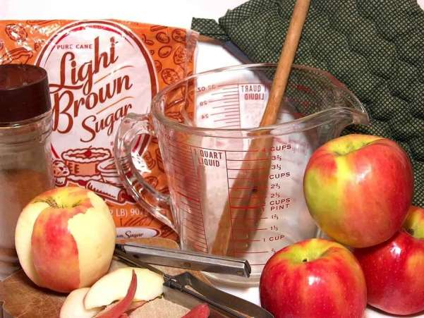 Ingredients for an apple pie.