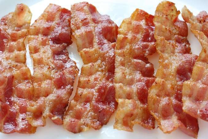 Plate of crispy bacon