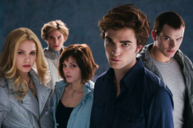 TwilightSeries,TheCullenCoven,Family