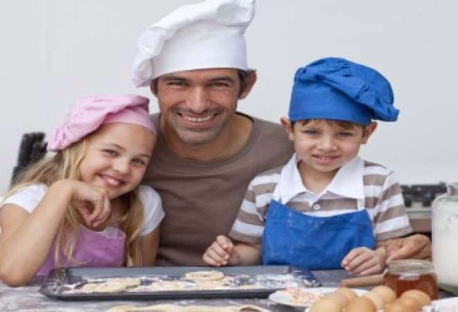 KidsintheKitchen,CookingFamily,FatherandKidsCooking