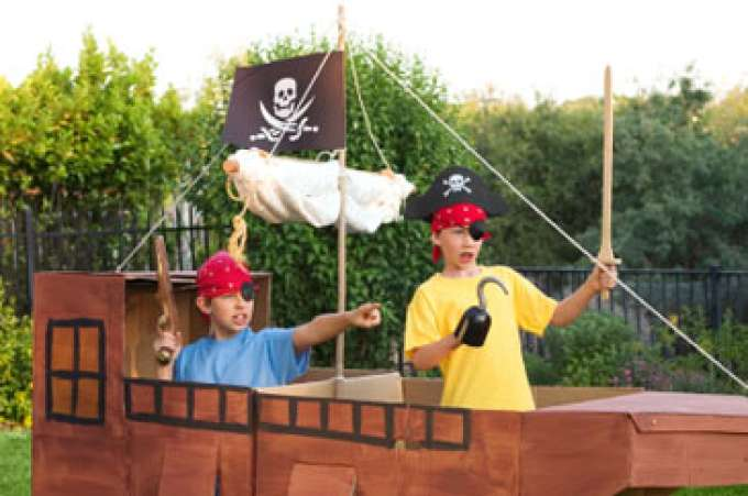 Children, Boys pretending to be pirates