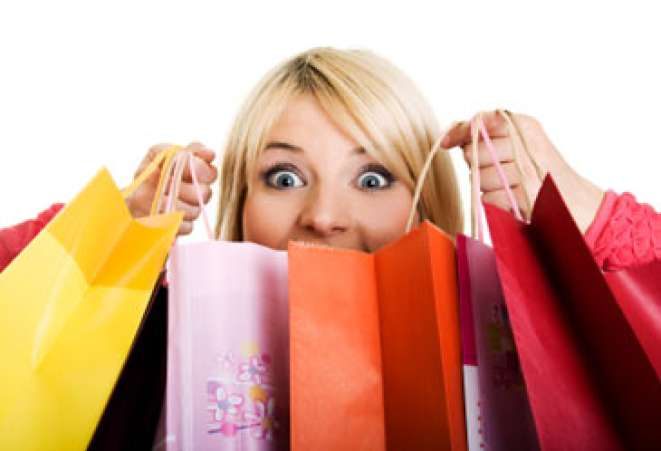 womanwithshoppingbags,spendingspree