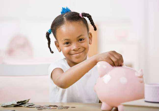 what is the right age, girl saves allowance