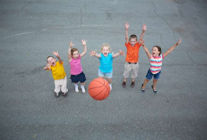 school resolution, kids play outdoors