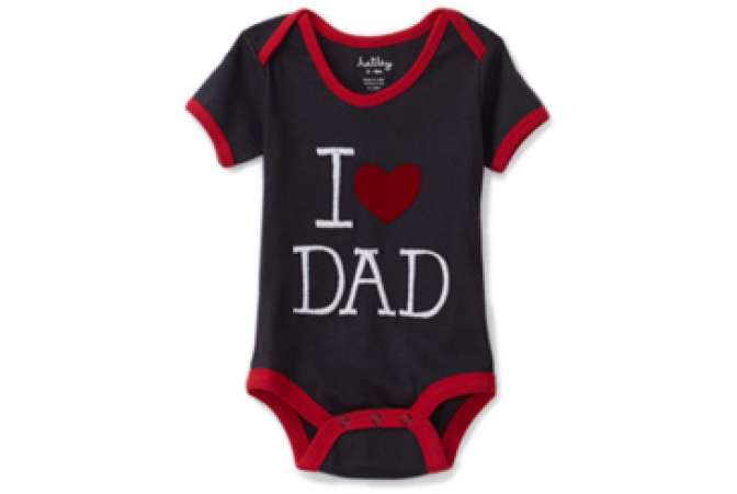 First Fathers Day gift ideas, I Love Dad baby onesie