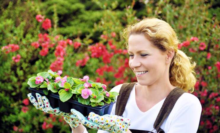 me time idea, woman gardening