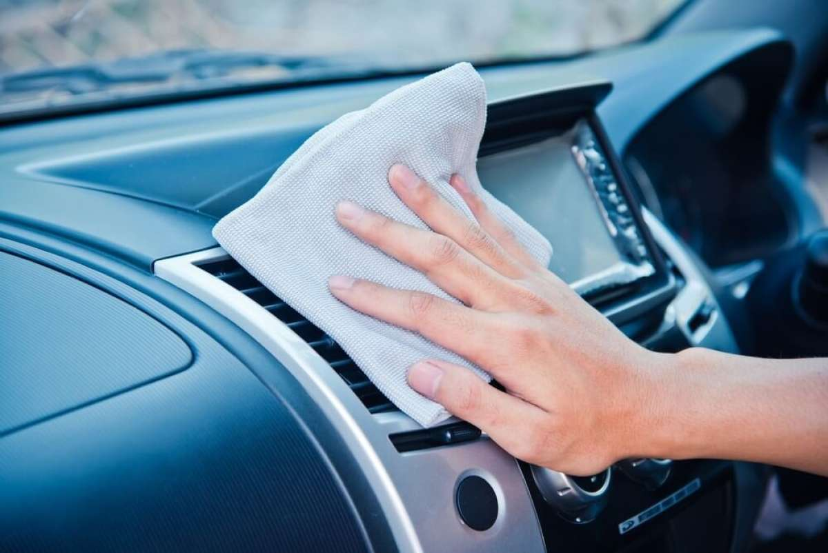 Using Rag to Clean Car Dashboard