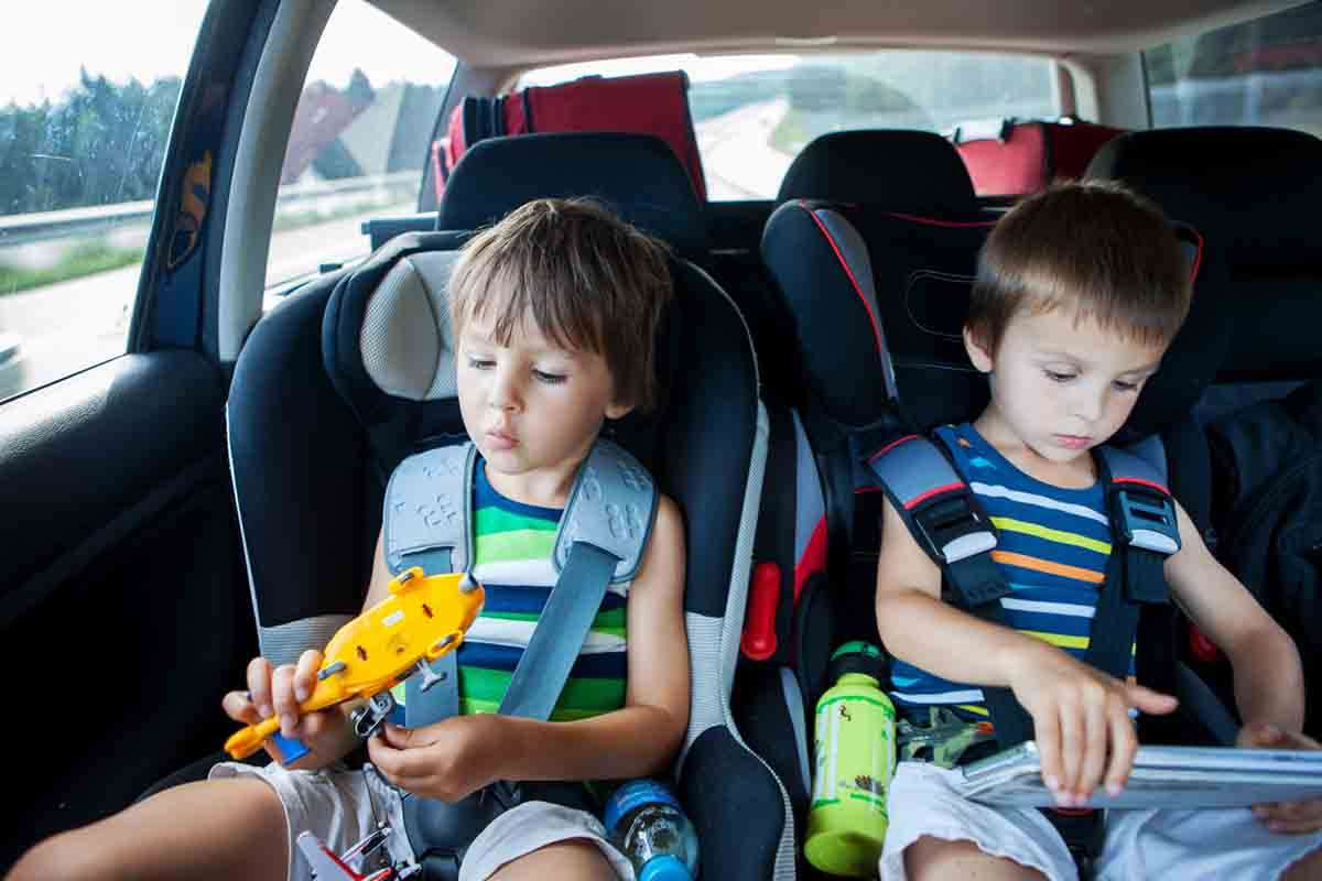 15 Travel Toys For Toddlers In The Car That Aren T A Tablet Familyeducation