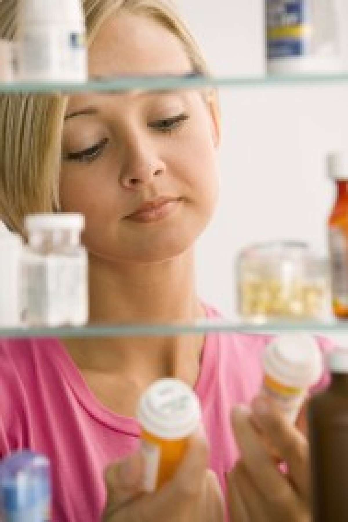 breastfeeding woman checking medication safety