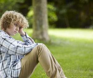 11 Warning Signs Your Child Is Being Bullied