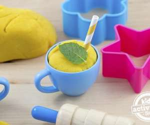 How to Make Edible Playdough