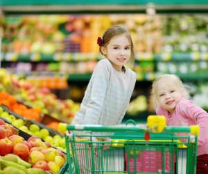 10 superfoods for kids shopping fruit and vegetables