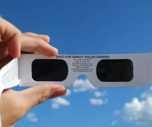 how to safely view the solar eclipse