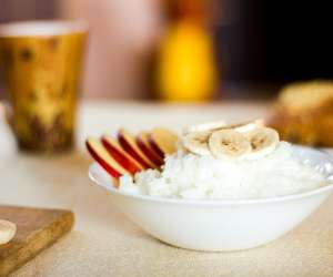 High fiber foods like bananas, rice, apples and toast can tame tummy troubles