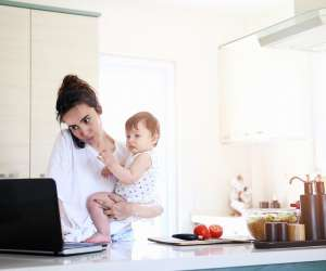 From Burp Cloth to Briefcase: 12 Tips for New Moms Returning to Work