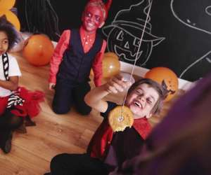 13 freakishly fun Halloween party games
